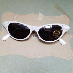 Cat Eye Sunglasses Rhinestone 50s Retro Vintage